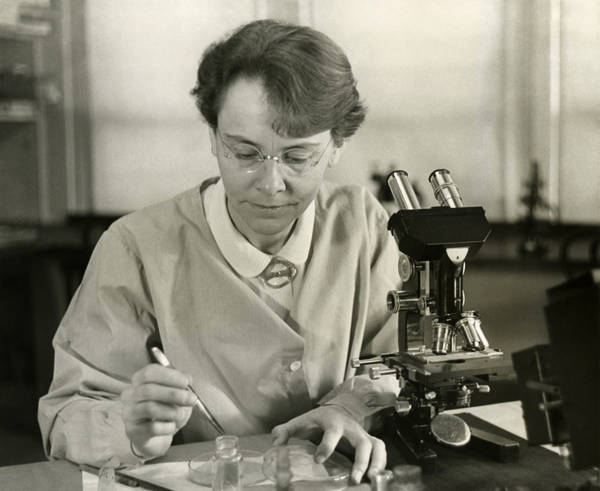 Scientist Barbara McClintock (1902-1992) Had Support From Others