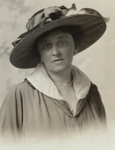 Suffragist Maud Younger (1870-1936) Was One of the First to Collect Voter Data